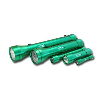 世达 90741A 铝合金远射LED手电筒 3W 适配3节7号电池