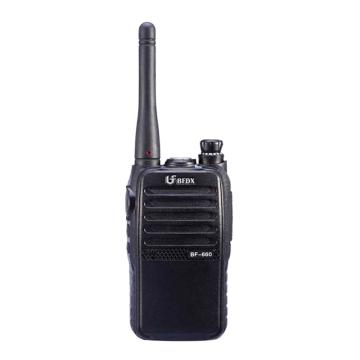 对讲机,小巧便于携带;锂电池2000mAh,16信道 BF-660