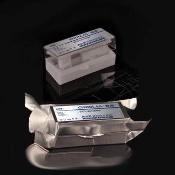 顯微鏡蓋玻片,超白玻璃材質,18*18mm,1#厚度0.13-0.16mm,獨立鋁箔真空包裝,200片/盒,120盒/箱
