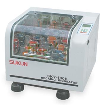 苏坤 恒温培养振荡器,台式小容量,SKY-100B,温控范围:RT+5-60℃,工作室尺寸:660x580x510mm,SKY-100B