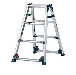 四脚调节式两用梯,(人字梯兼用直梯)(双侧宽幅踏步55mm)梯全长:2.02-2.66m 缩长:0.94-1.25m 重量:6.2kg