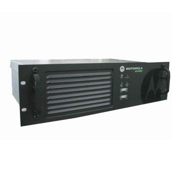 摩托罗拉中继台,XIR R8200 常规版本 (如需调频,请告知)