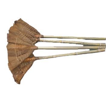 棕扫帚,竹柄
